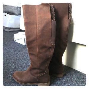 One day sale ☺️ Leather Lucky Brand ATK Boots